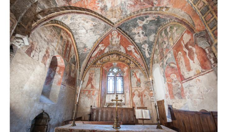 Vue d'ensemble du chœur de l'église de Blassac