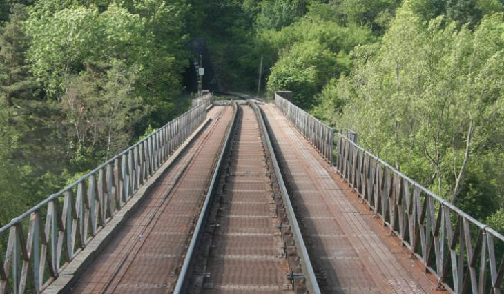 Le viaduc métallique de la Madeleine à Monistrol d'Allier