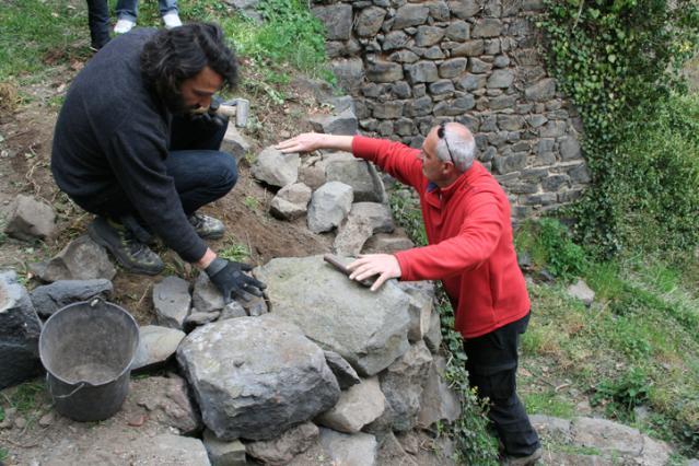 Les muraillers à Chilhac