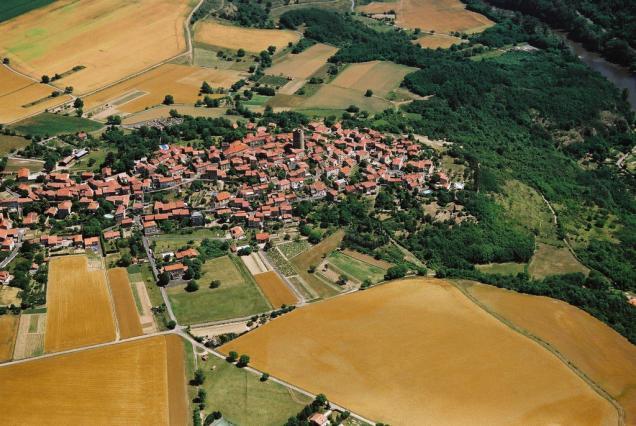 Vue aérienne de Montpeyroux