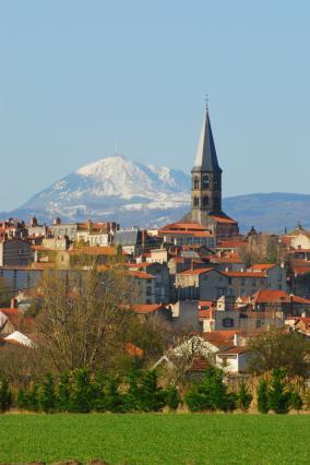 Vue de Riom et du Puy de Dôme