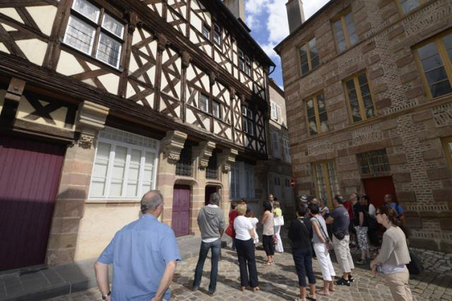 Façade de la maison Thierry de Clèves