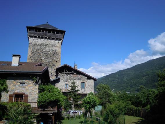 Aime, tour Montmayeur