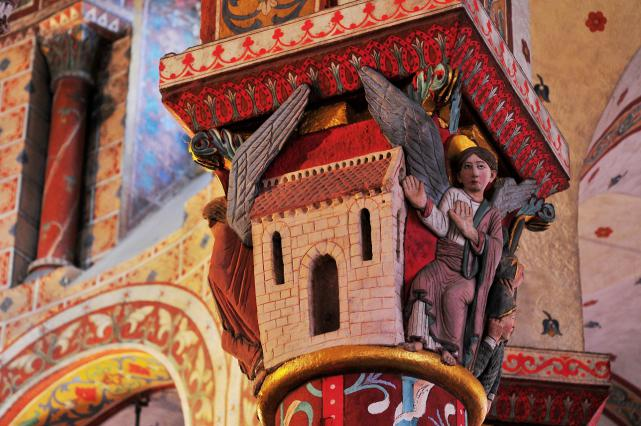 Chapiteau représentant le saint sépulcre