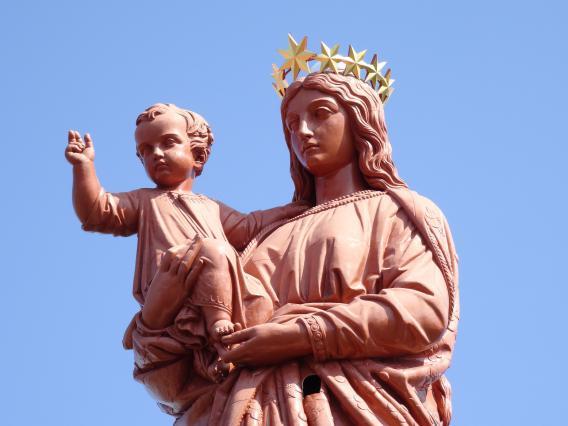 Visages de la Vierge et du Christ, statue Notre-Dame de France, Le Puy-en-Velay