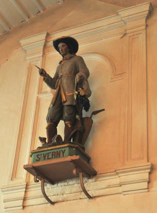 Statue de saint Verny dans l'église de Coudes