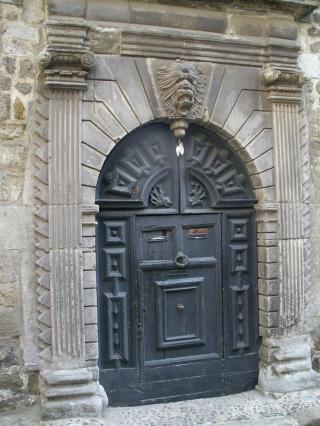 Hôtel des Roche-Négly rue Cardinal de Polignac, ville haute du Puy-en-Velay