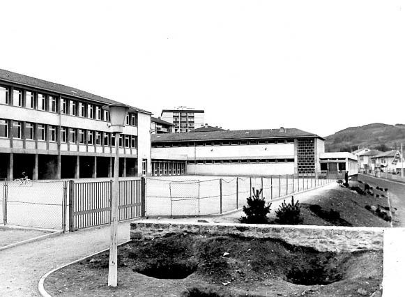 L'école du Val-Vert, Le Puy-en-Velay