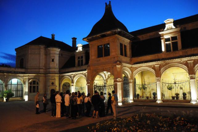 Visite guidée nocturne, pavillon Anne de Beaujeu