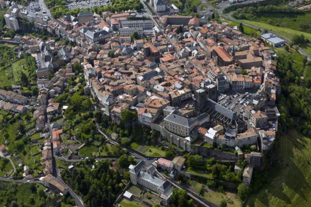 Vue aérienne de Saint-Flour