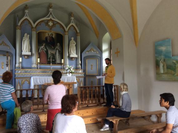 Vue intérieure de la chapelle des Curtillets