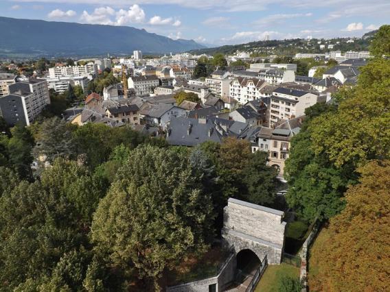 Chambéry depuis la tour demi-ronde