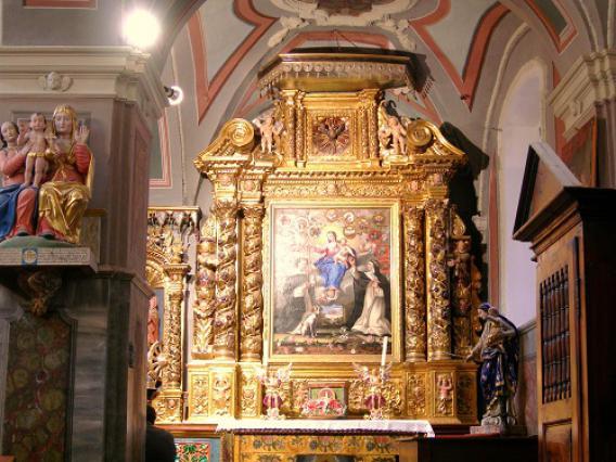 Avrieux, église Saint-Thomas Becket, retable du Rosaire