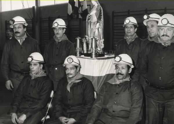 Mineurs célébrant la Saint-Barbe, 1985