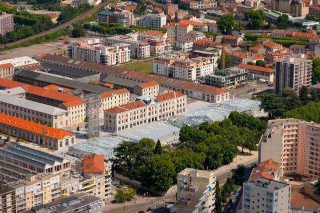 L'ancien site de la Manufacture d'armes, partiellement reconverti en Cité du design