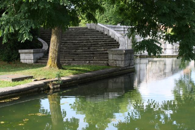 La pièce d'eau du Parc de la Grille à Moirans