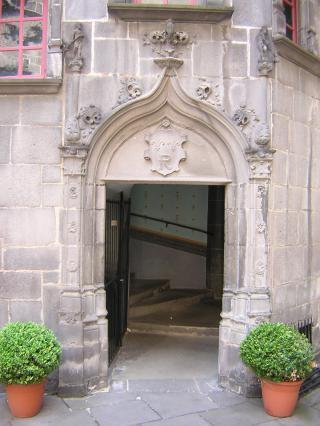 Porte de l'escalier d'honneur