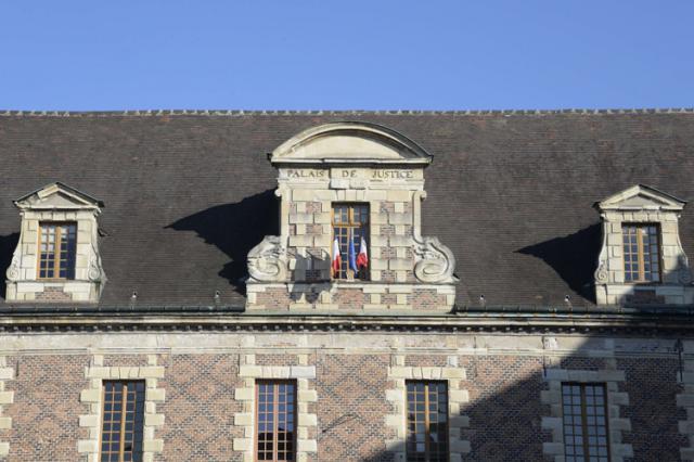 Palais de Justice - Ancien collège des Jésuites