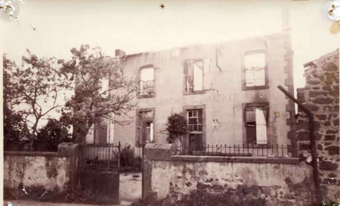 Incendie du village d'Esteil - juin 1944