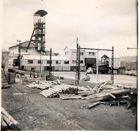 Installations de la mine  à Bayard vers 1950 - Image d'archive