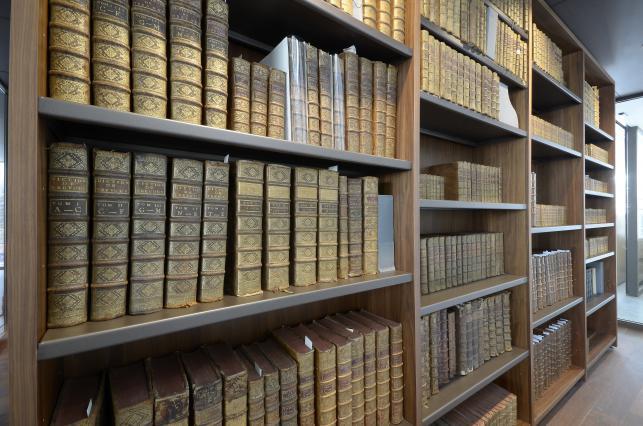 Collections patrimoniales de la Médiathèque de Trévoux