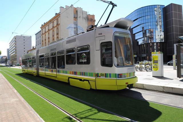 Le tramway à Saint-Etienne