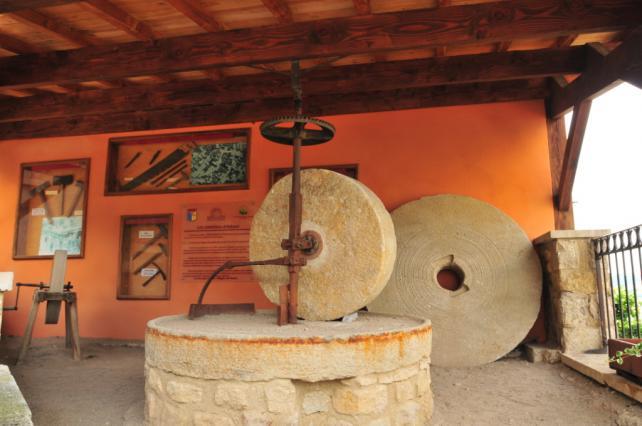 Espace de valorisation de l'exploitation de l'arkose à Montpeyroux