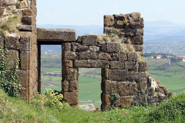 La souricière et la tour de la Géhenne, forteresse de Polignac