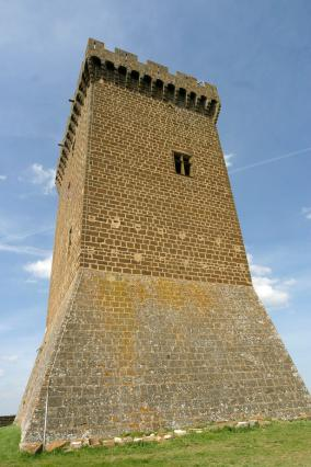Le donjon de la forteresse de Polignac