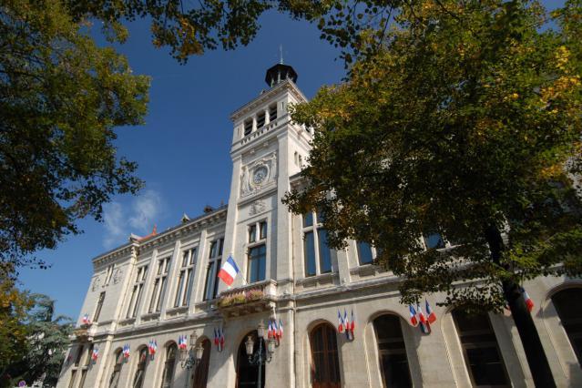 L'hôtel de ville de Valence.