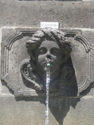 L'Eté, fontaine Ballainvilliers, Riom