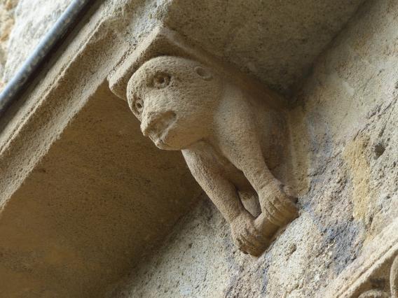 Église de Mailhat - Les modillons de la corniche du chevet