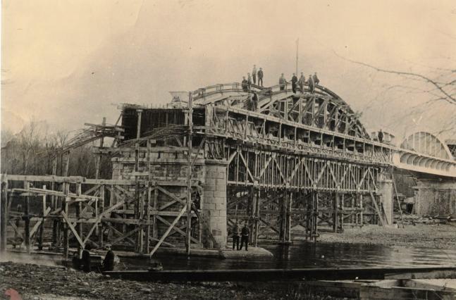 Pont Pakowski, ouvrage en béton armé - image d'archives