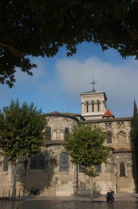 Le chevet de la cathédrale Saint Apollinaire