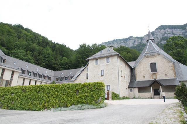 Le monastère de Chalais