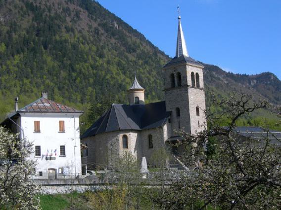 Villargerel, vue générale église