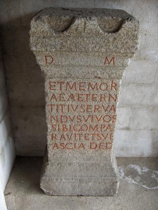 Stèle antique