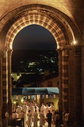 Procession la veille de l'Assomption, cathédrale du Puy-en-Velay