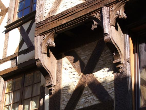 Détail d'une maison à pans de bois, quartier médiéval de Billom