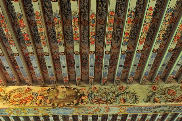 Plafond peint du premier étage - 17e siècle