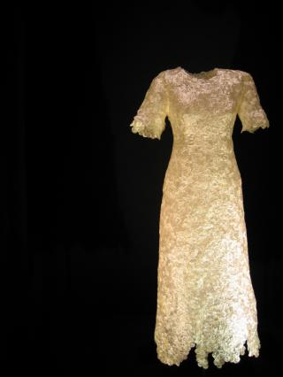 Sainte-Lunaire, robe de recluse par I. Tournoud