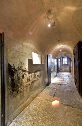 Le Palais de l'Ile à Annecy, couloir des anciens cachots