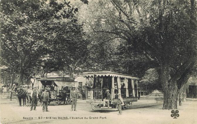Carte postale de l'Avenue du Grand Port, Belle-époque