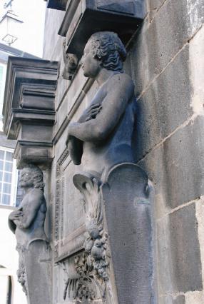 Fontaine d'Adam et Ève, Riom