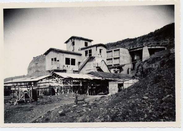 Ancienne carrière la Mass d'Aubignas - Départ des wagonnets