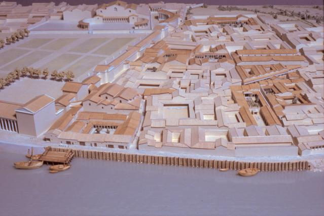 Maquette de Vienne antique: le quartier de la rive droite du Rhône vers 200 après J.C