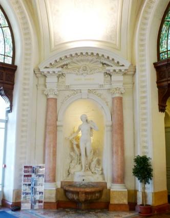 Hall_PalaisLumiere