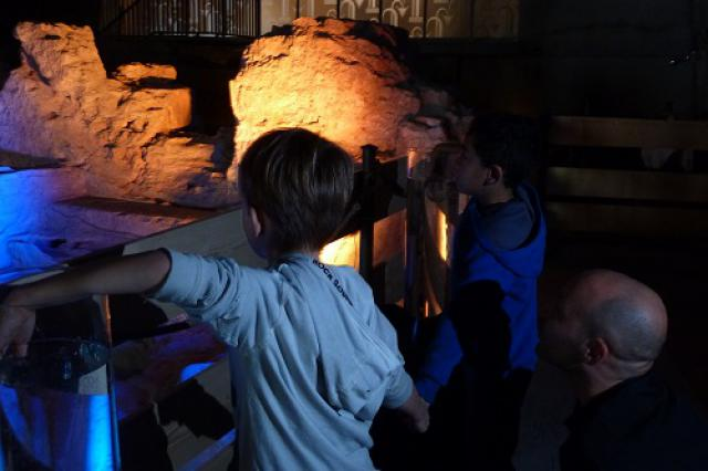 Installation artistique «La mémoire de l'eau» dans les vestiges des thermes romains, Journées européennes du patrimoine 2015