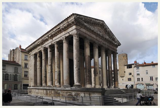 Temple d'Auguste et de Livie, Vienne