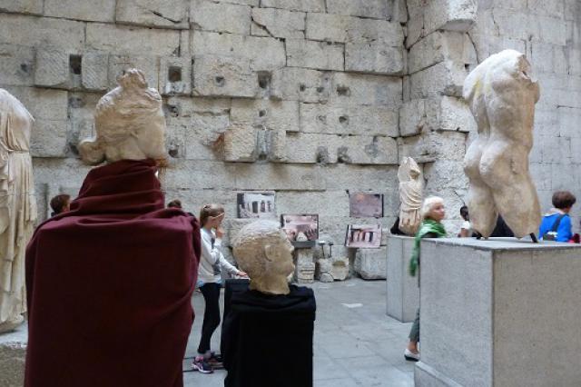 Installation sonore autour des statues, musée lapidaire d'Aix-les-Bains